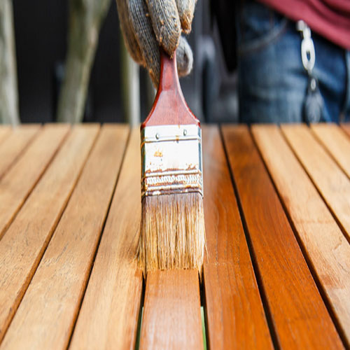 Συντήρηση ξύλινων επίπλων κήπου