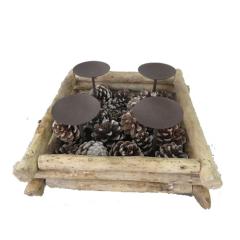 Κηροπήγιο ξύλινο με μεταλλική βάση για κεριά και κουκουνάρια 4 θέσεων